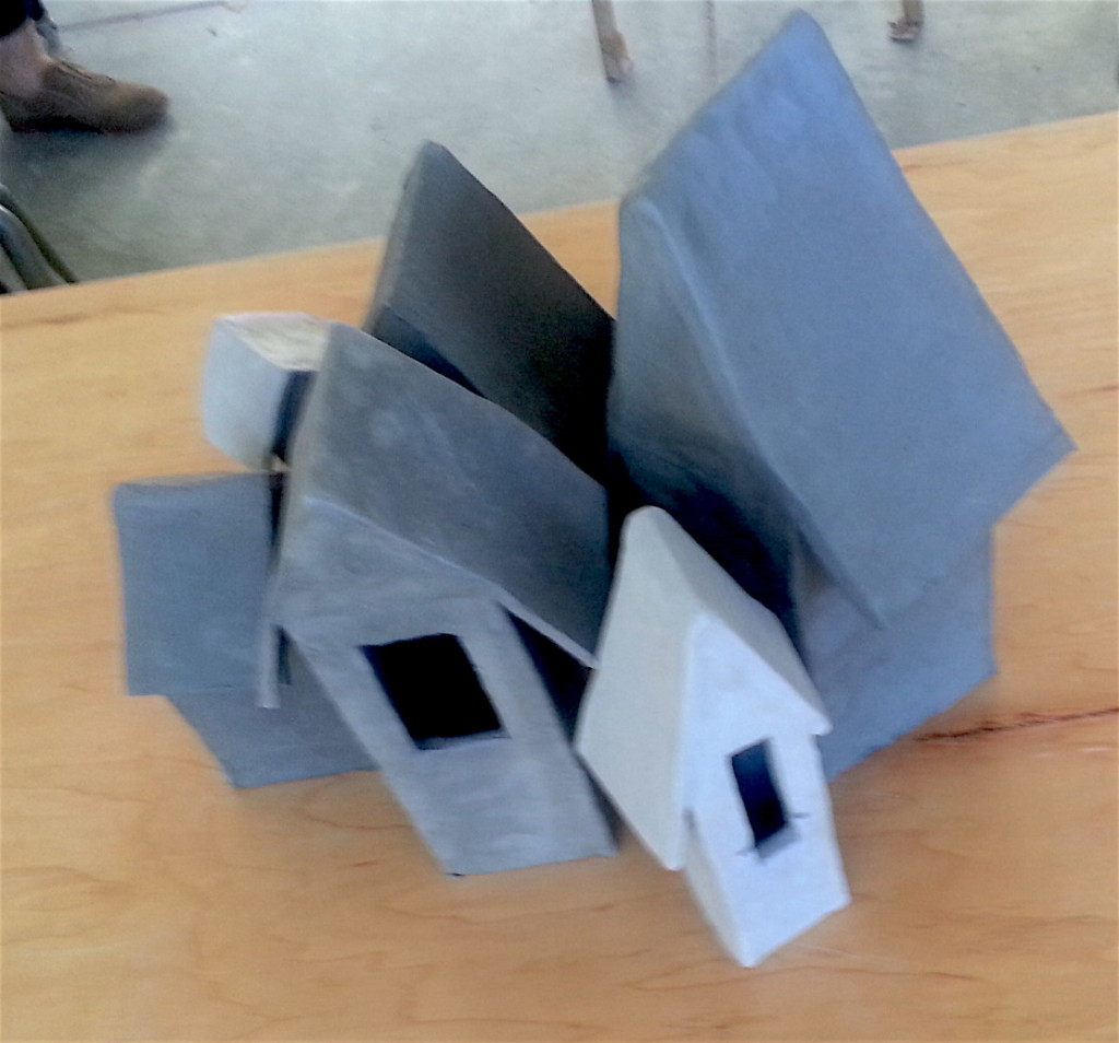 Ceramics 1 - final project houses1